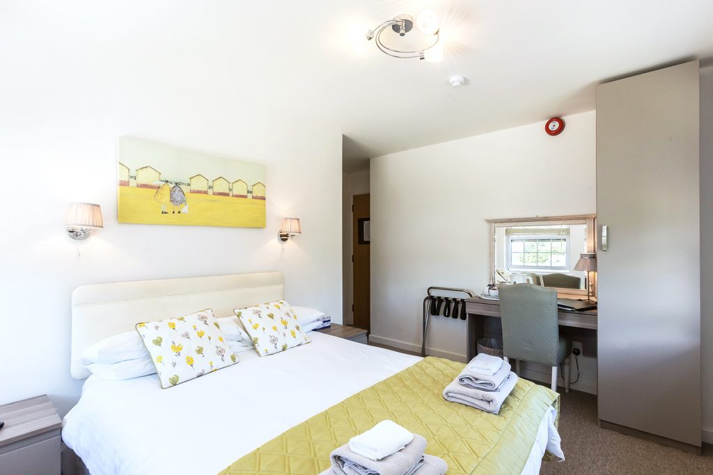 Les Cotils Guernsey - Standard Twin/Double Room